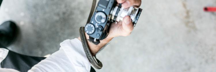 レザーカメラネックストラップ